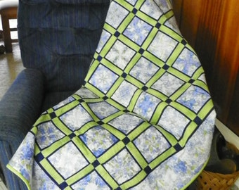 Blue and green hydrangea lap quilt