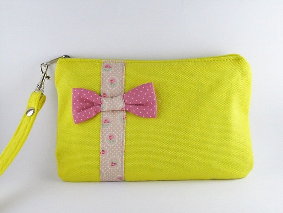 Little Bow Yellow Clutch,iPhone 5 Wallet,iPhone 5 Wristlet,iPhone Wristlet,Cell Phone Wristlet,Zipper Pouch Wristlet