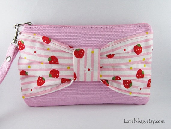 Big Bow  (Light Pink) - iPhone Purse, Cell Phone Wristlet, Camera Bag, Cosmetic Bag, Zipper Pouch