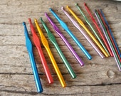 Colorful Aluminium Crochet Hooks set of 14 pieces