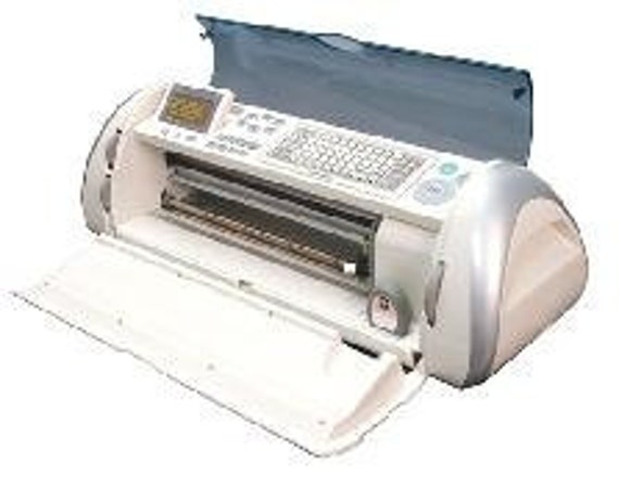"CRICUT EXPRESSION - NEW - 24"" Die Cutting Machine  - Incl Mat, Blade housing,dvd, manual, Sampler cartridge"