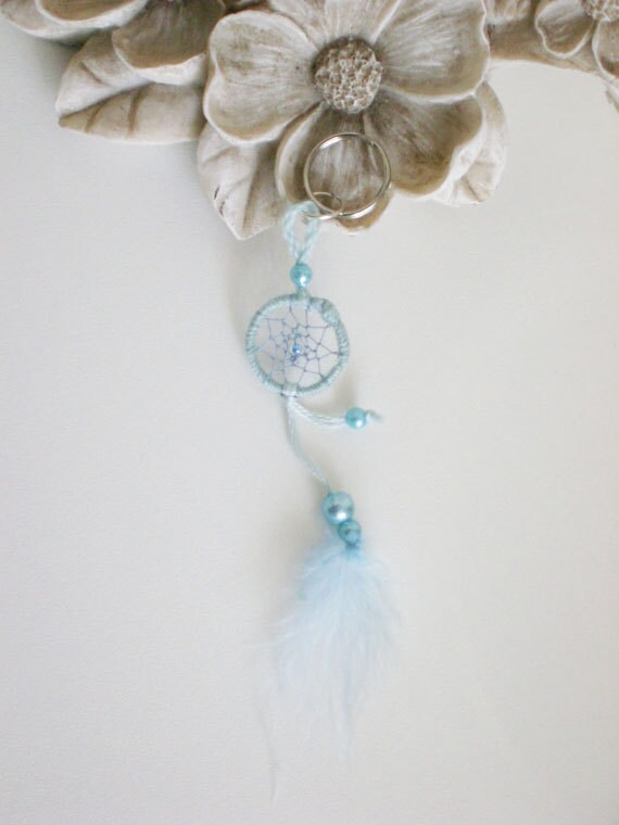 Dreamcatcher key chain spring collection, blue
