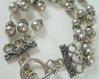 Grey pearl bracelet. Vintage-style. Sterling silver jewelry. Multistrand. Wedding or casual.
