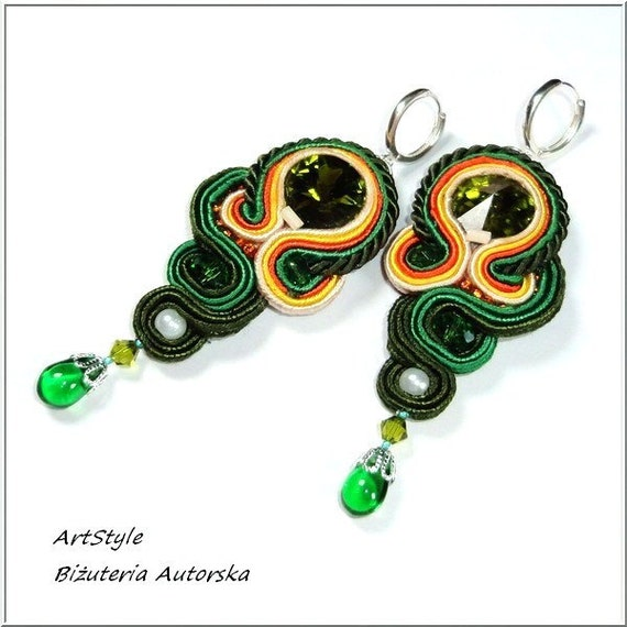 Soutache Earrings with Swarovski Crystal. Green.