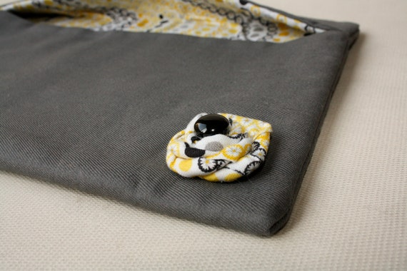 SALE - Tablet Sleeve Case Motorola Xoom Padded - Yellow Dot Flower