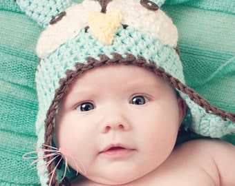 Crocheted Owl Hat / Baby Photo Prop