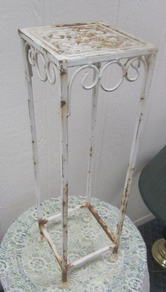 vintage shabby chic wrought iron plant stand. Black Bedroom Furniture Sets. Home Design Ideas