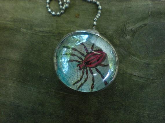 """Loteria """" La muerte/ La araña"""" Death and The Spider-Decorative Soldered Fan/Light Pull Charm"""