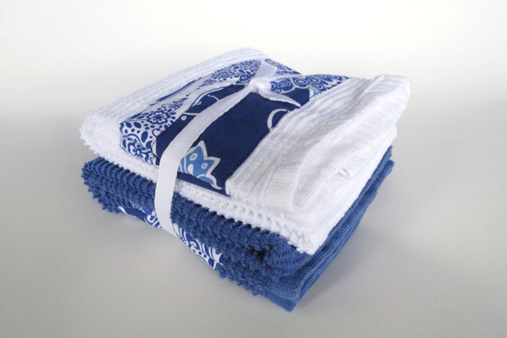 Dish towel set of two - 100% cotton highl quality absorbant large towels - Blue and White