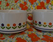 Adorable vintage stoneware mugs with tulips (Set of 2)