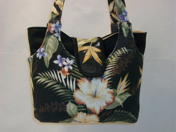 Beautiful Shoulder Bag in Hibiscus Glory