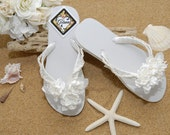 Bridal Flip Flops- Bridal Sandals- Beach Wedding- Ivory Flip Flops- Ivory Wedding-Decorated Flip Flops-Women Flip Flops