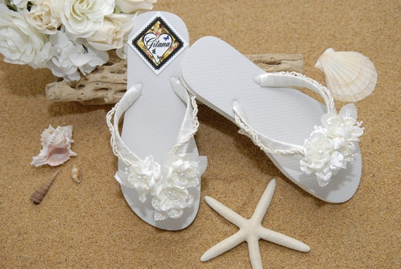 beach wedding ivory flip flops ivory wedding decorated flip flops