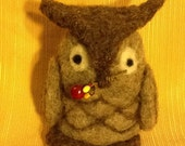 Needle felted Owl with berries