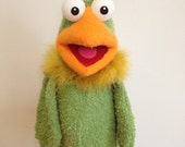 A PUPPET A DAY , little green bird ,