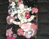 Droid X or X2 Clustered Chanel Cell Phone Case
