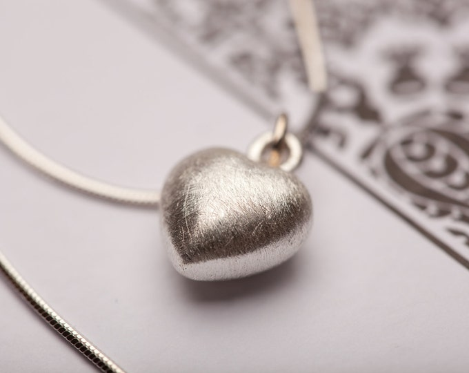 Sterling Silver Small Brushed Heart Necklace, Silver Jewelry, Bridesmaid Necklace, Small Heart Pendant, Bridesmaid, Mom, Grad, Fiancée Gift