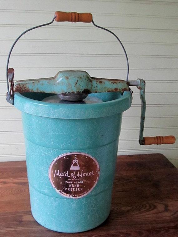 Vintage Ice Cream Churn Hand Crank Maid of Honor 2 QT Turquoise Fiberglass and Metal