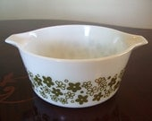 1.5 Quart Pyrex Spouted Mixing Bowl in Green Spring Blossom or Crazy Daisy Pattern