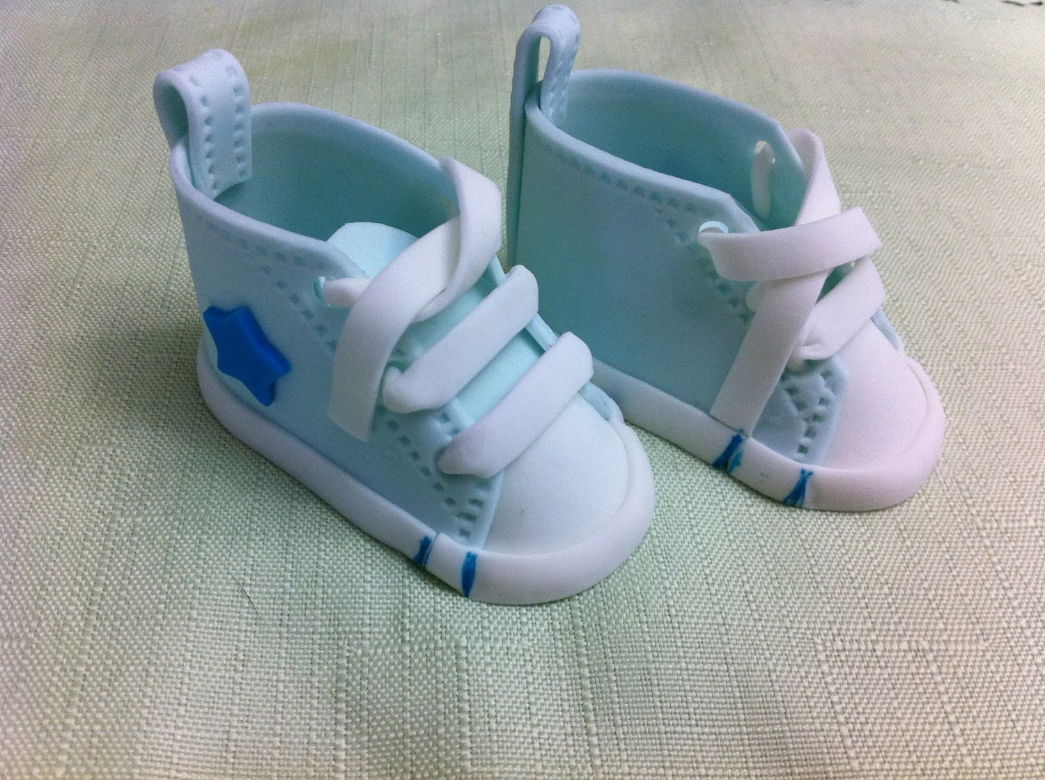 Cake Decorations Baby Shoes : edible/fondant baby shoe cake topper by rmcakedesign on Etsy