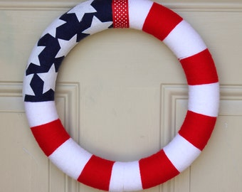 Fourth of July Wreath . American Flag wreath . Patriotic yarn wreath . Memorial wreath . Military wreath . USA wreath . Independence Day