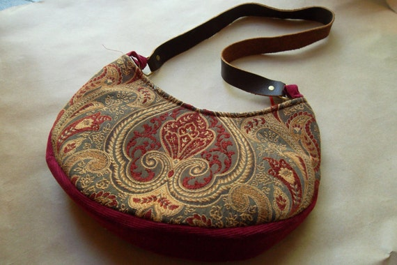 SALE Vintage Inspired Red Tapestry styled Purse