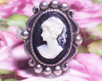 Black Cameo Adjustable Ring with Cream Face, Vintage/Victorian Style