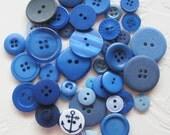 button assortment blue sewing buttons craft supplies  L76