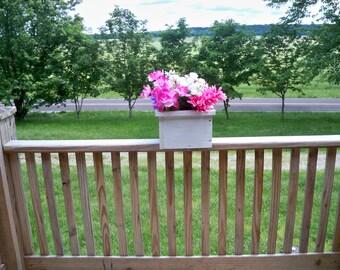 Rustic  Flower Pot, Rustic Center Piece, Deck Flower Pot, Rustic Wood Box, Patio Flower Pot, Indoor Outdoor Flower Pot