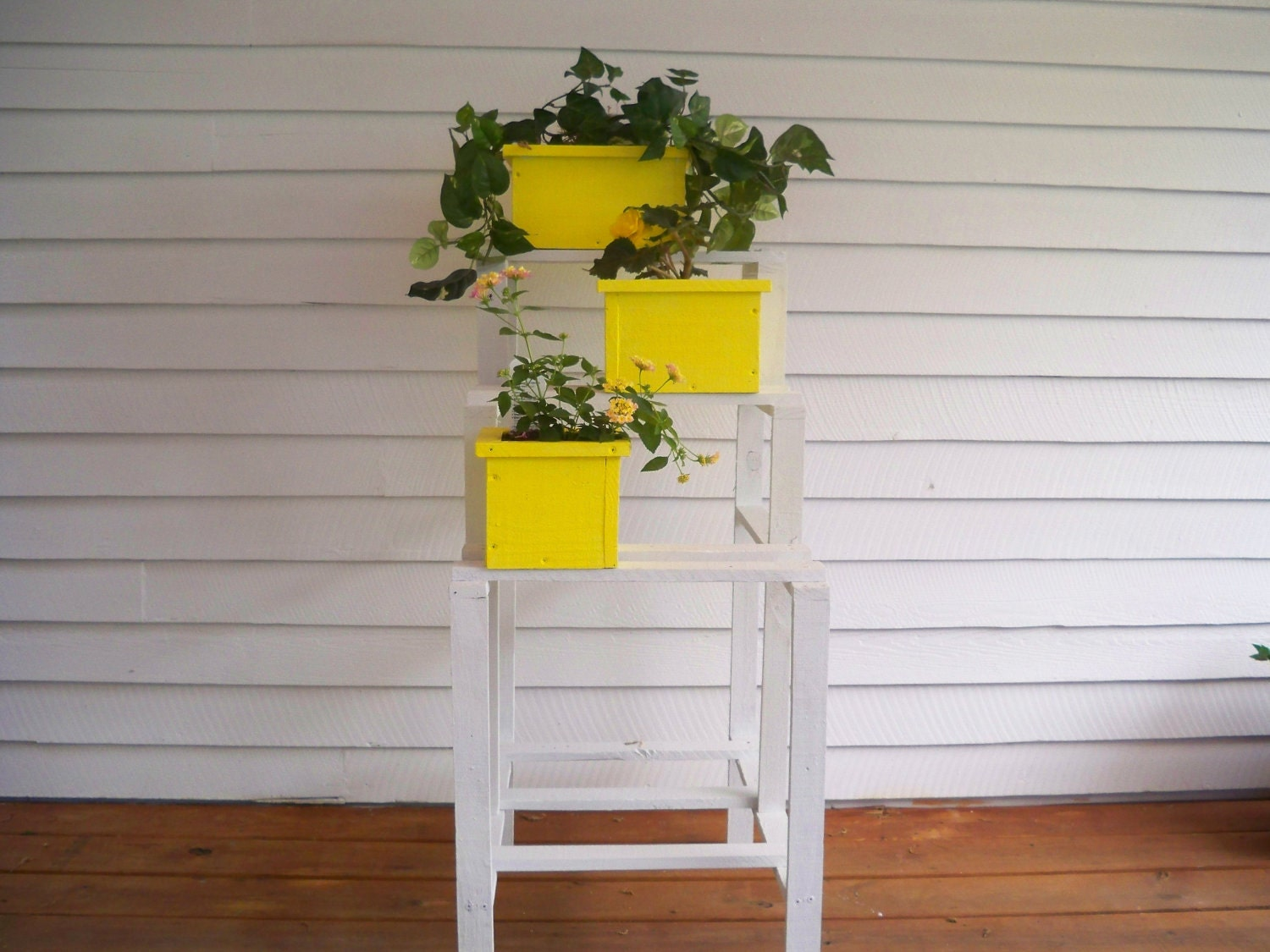Flower pot shelf stand by hummel creations for Creation stand