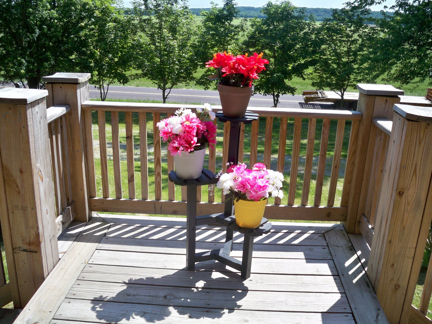 Flower Stand Designs : Plant stand wood wooden deck