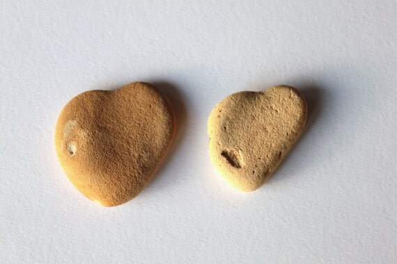heart shaped beach stones, pebbles, supplies (L200)