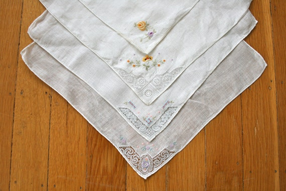 Set of 4 Vintage Handkerchiefs in White with Embroidered Flowers