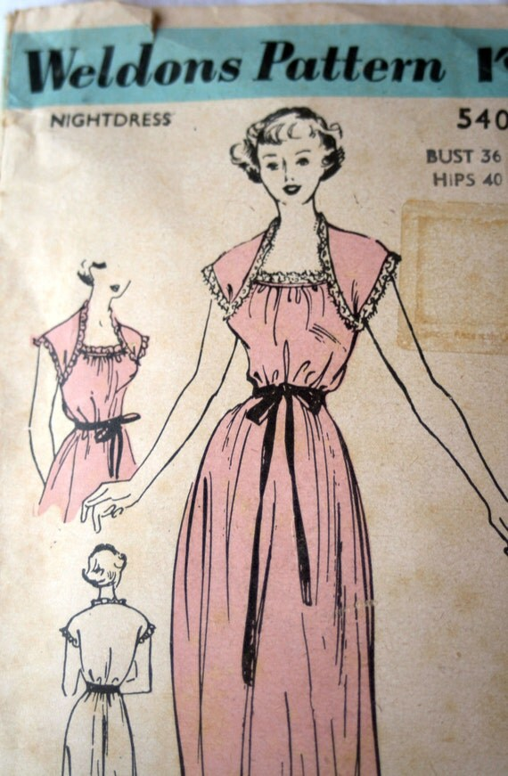 Vintage  Nightdress Sewing Pattern- Weldons Pattern Number 5403. Bust 36 inches. Lovely nightie. 1940s or 1950s