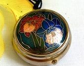 Enamel Flower Trinket Box Goldtone with Floral Design. Vintage Small accessory for bag / clutch. Lovely gift idea