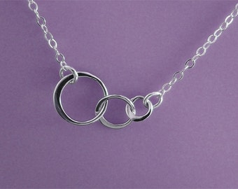 Three Circles Necklace, Interlocking Circles, 3 circle, Sterling Silver, Eternity, Family, Past, Present, Future, Rings. SATURN NECKLACE.