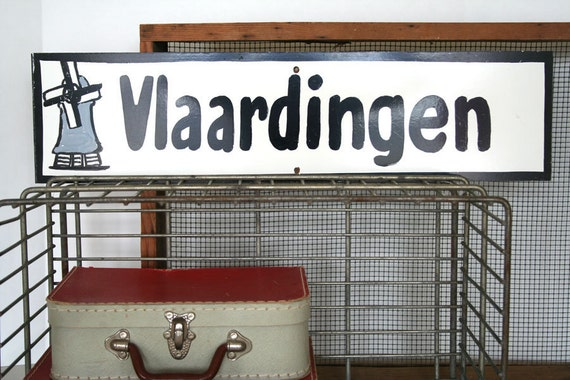 awesome vintage handpainted sign with dutch city vlaardingen netherlands