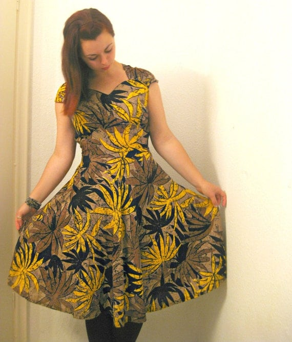Vintage Banana Leaf Dress : african, tribal, boho, hippie sweetheart 80s 90s size large L / XL 44 46