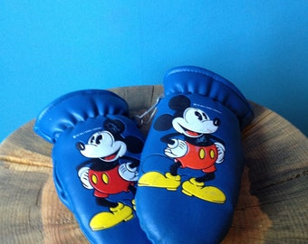 Mickey Mouse Mittens for age 5 and under.  Walt Disney original.