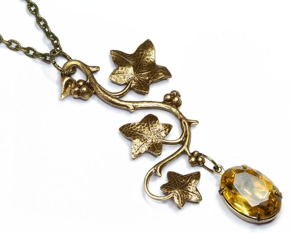 Vintage Fashion - Retro Style - Jewelled Pendant Necklace - Berry and Vine with a Topaz Jewel