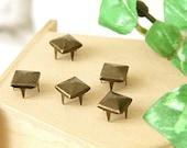 5mm 50pcs Brass pyramid studs ( 4 legs ) / HIGH Quality - Fikashop