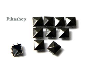 10% Off Clearance SALE: 9mm 50pcs Gunmetal grey pyramid studs ( 8 legs ) / HIGH Quality - Fikashop