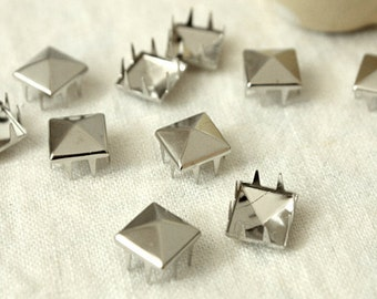 10% Off Clearance SALE: 9mm 50pcs Silver pyramid studs (8 legs) / HIGH Quality - Fikashop