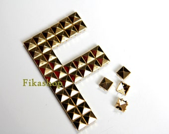 20% Off Clearance SALE: 9mm 100pcs Gold pyramid studs (8 legs) / HIGH Quality - Fikashop