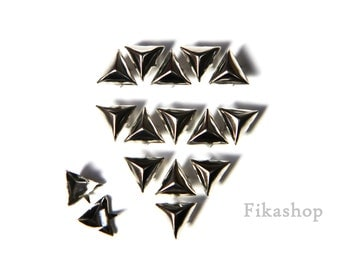 10mm 50pcs Silver triangle studs / HIGH Quality - Fikashop