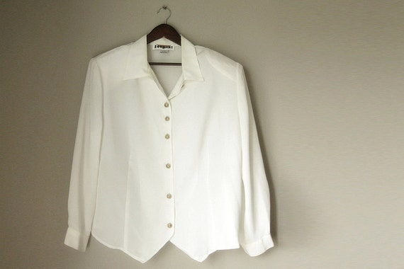 Cream Plus Size Womens Blouse in Size 18