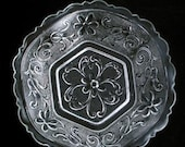 Indiana Glass Co Hexagon Sandwich Pattern Glass Bowl Vintage 1950s