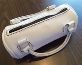 PURE WINTER WHITE Handmade and Hand stitched Leather Purse with Black- Dark Interior by Juste Jolie