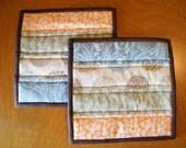 Modern Quilted Trivet, Set of 2, Quilted Pot Holder, Dining Room Decor, Housewarming Gift, Wedding Gift, Bridal Shower Gift, Registry