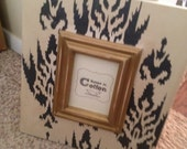 Jennifer - A 8x10 Ikat Distressed Frame in Black, Cream & Gold